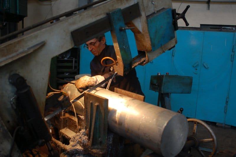 Распиловка металла на заготовки